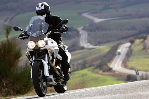 2010-MotoGuzzi-Stelvio12004Va