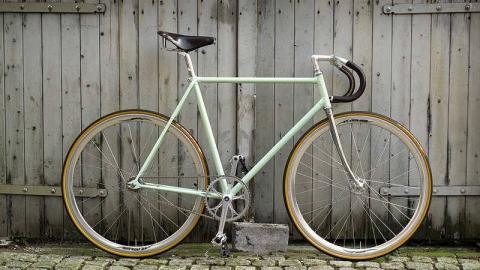 bicicletta scatto fisso