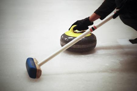 le-regole-del-curling_d470a5c351144efa2655a3f1cd5e10ff